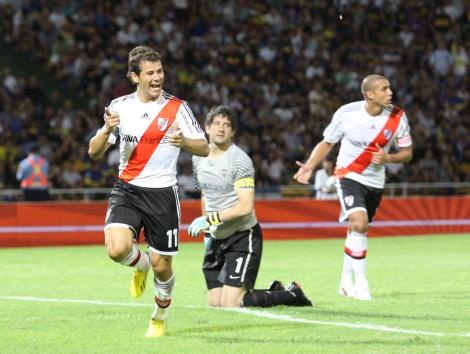 Mora-convirtio-gol-empate_OLEIMA20130203_0005_1